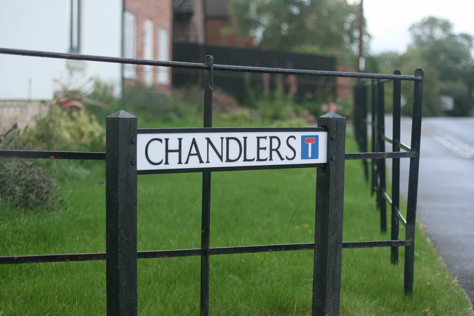 chandlers-sign