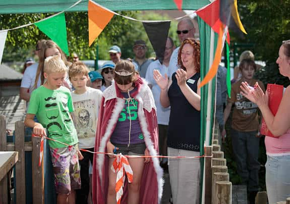 Queen Olivia opens the Spaldwick Fete